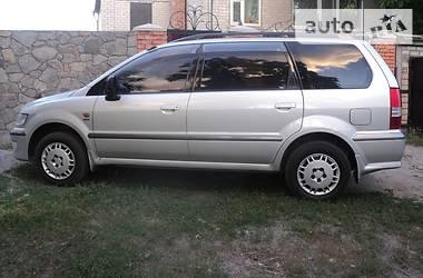 Mitsubishi Space Wagon GDI 1999