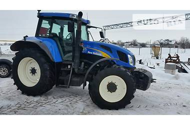 New Holland T  2006