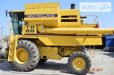 New Holland TR 88 1999