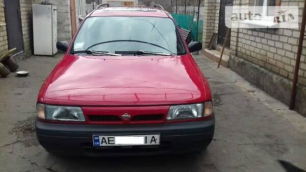 Nissan 140Y Sunny 1993 года