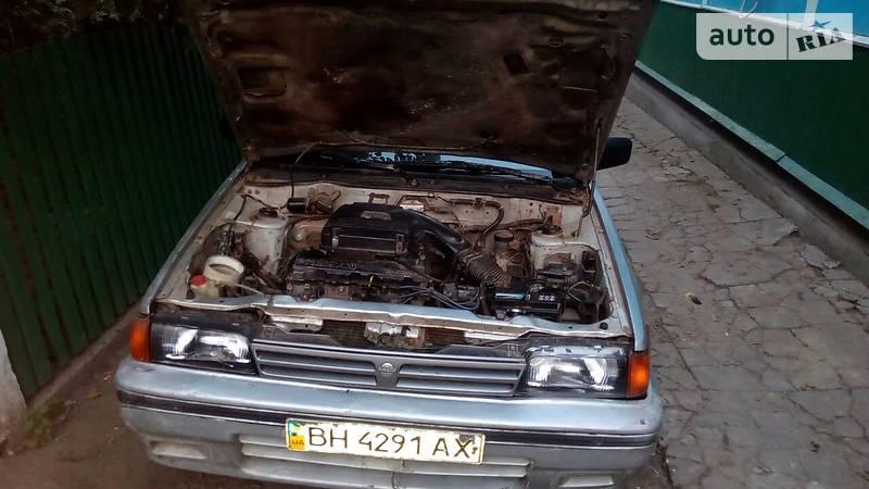 Nissan 140Y Sunny 1989 года