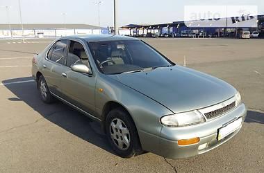 Nissan Bluebird   1992