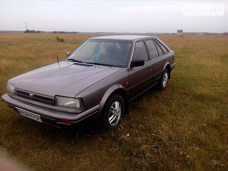 Nissan Bluebird 1989 года