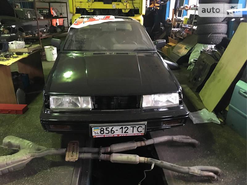 Nissan GT-R 1988 года