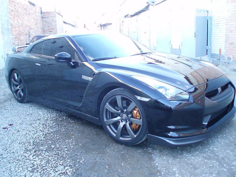 Nissan GT-R 2009 года