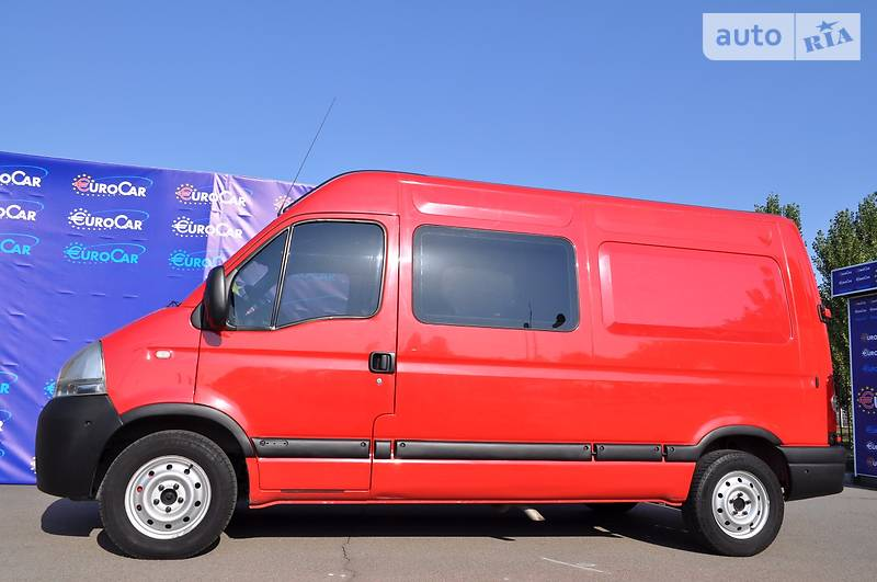 Nissan Interstar 2005 года