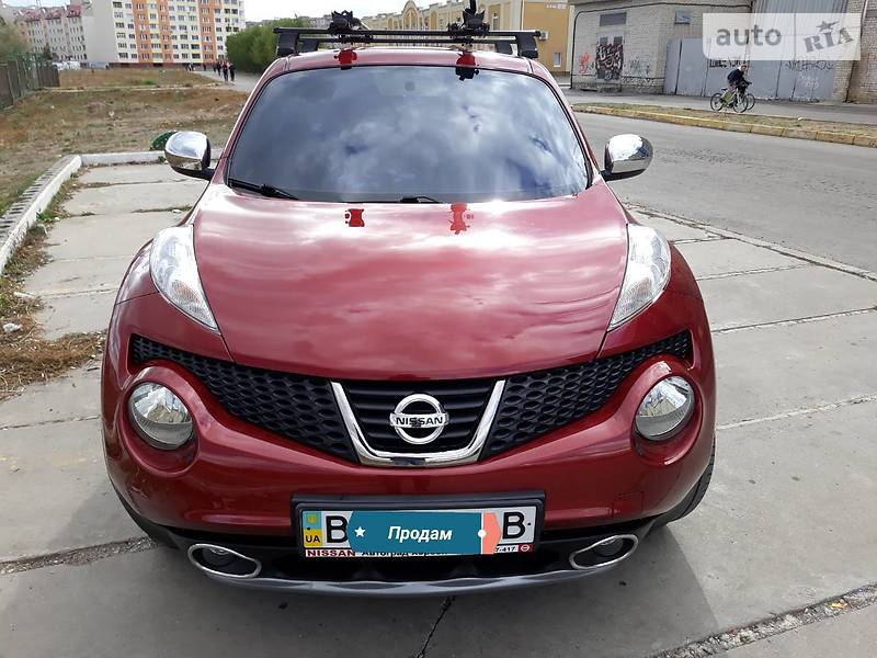 Nissan Juke 2012 года