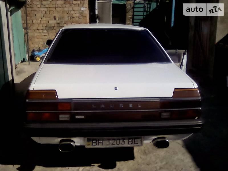 Nissan Laurel 1981 года