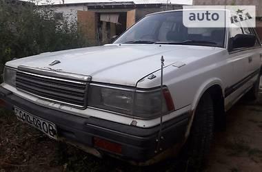 Nissan Laurel  1988