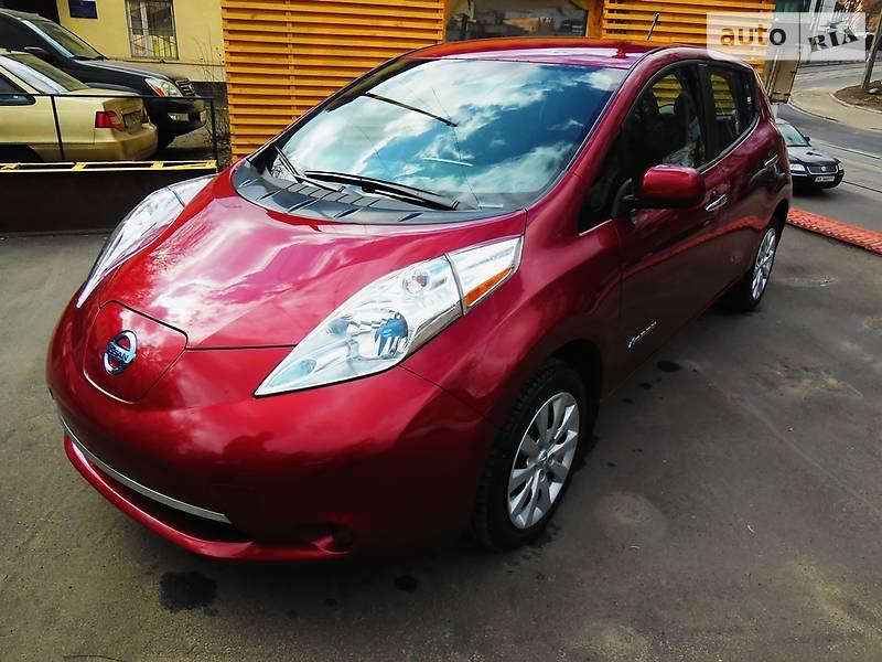 Nissan Leaf 2016 года