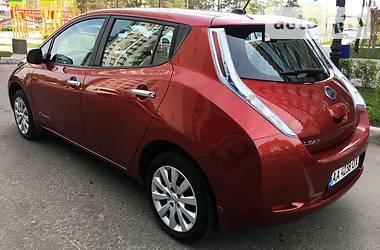 Nissan Leaf S  2013