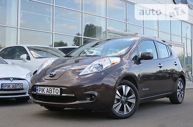 Nissan Leaf SV 30kWh Bose 2016