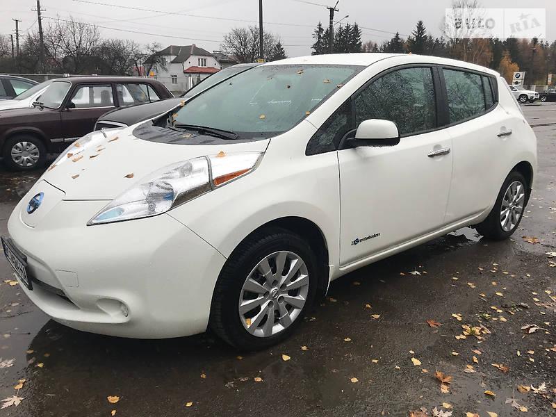 Nissan Leaf 2014 року