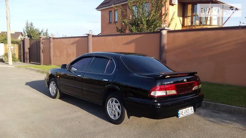 Nissan Maxima QX 1998 года