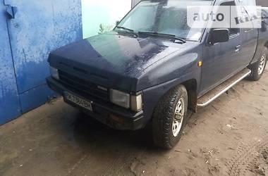 Nissan Navara  1988
