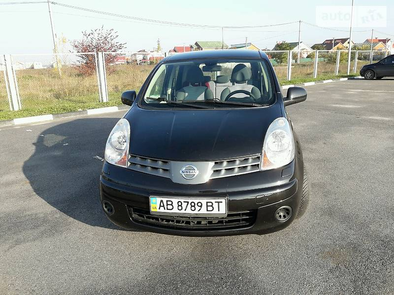 Nissan Note 2008 года