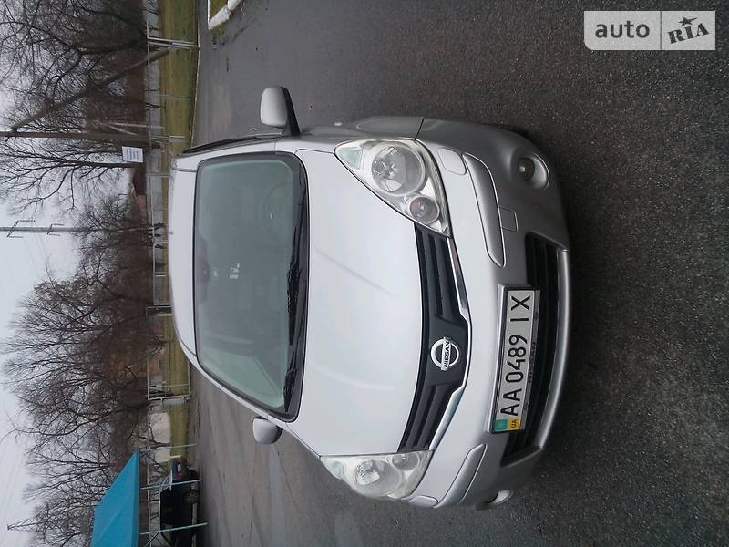 Nissan Note 2010 года