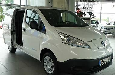 Nissan NV Electric 2017