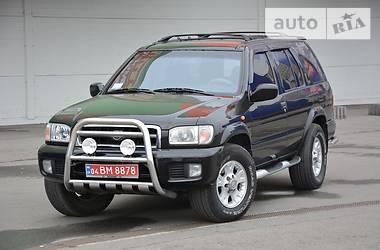 Nissan Pathfinder Luxury 1999