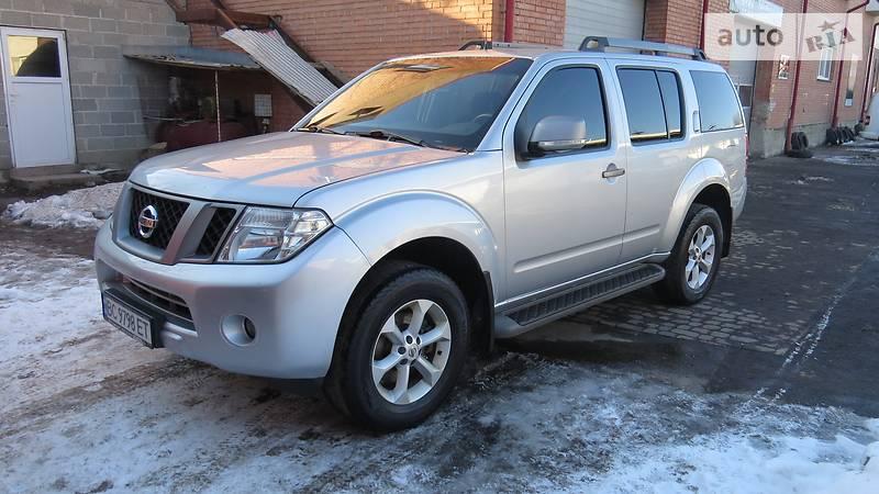 Nissan Pathfinder 2012 года