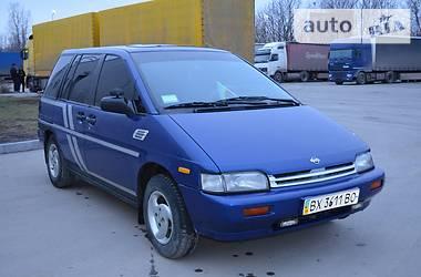 Nissan Prairie  1990
