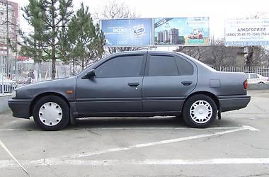 Nissan Primera P10 2.0 16v SLX 1990