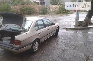 Nissan Primera 10 1992