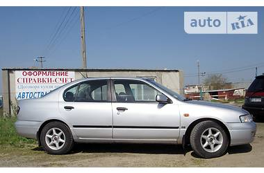 Nissan Primera i 1998