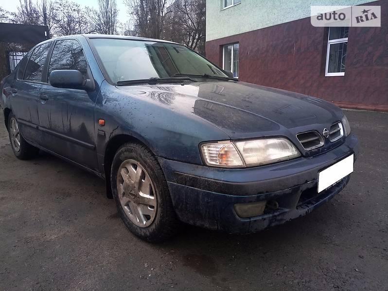 Nissan Primera 1999 року