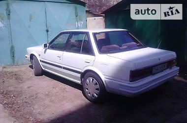 Nissan Stanza  1987