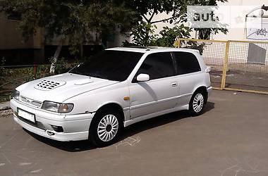 Nissan Sunny n14 1993