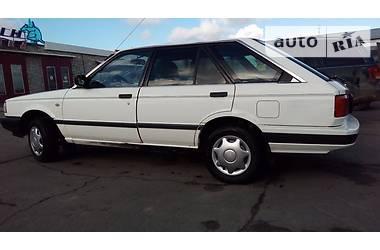 Nissan Sunny   1988