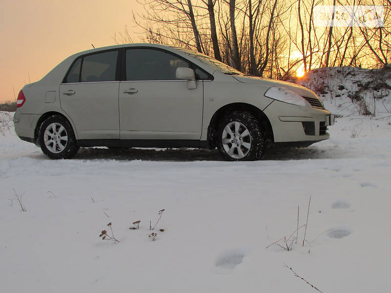 Nissan Tiida 2007 года