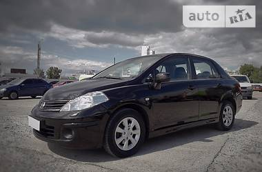 Nissan TIIDA 1.6 2010