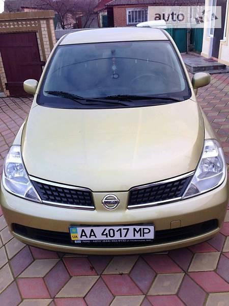 Nissan Tiida 2008 года