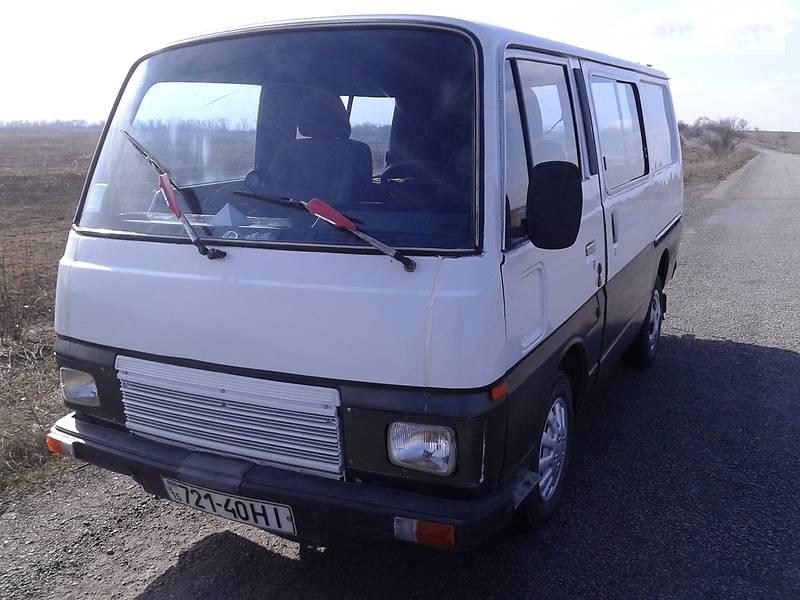Nissan Urvan 1984 года
