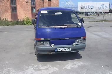 Nissan Vanette пасс. c220 1992