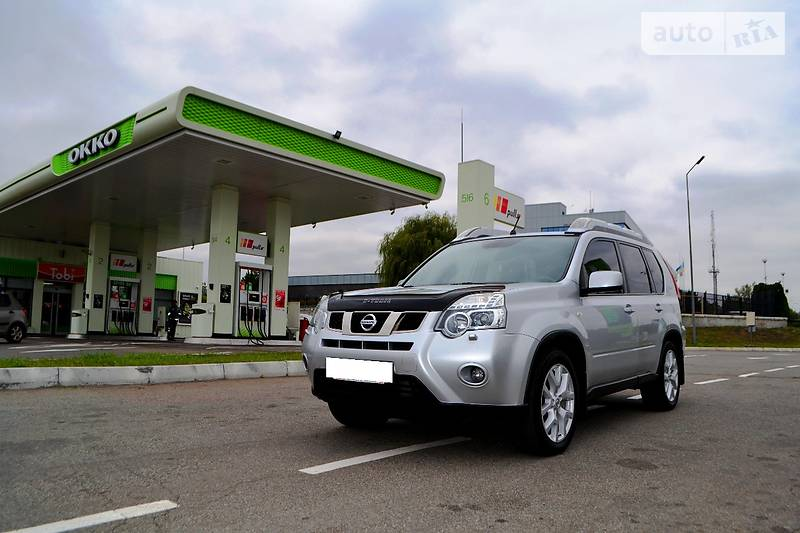 Nissan X-Trail 2012 года