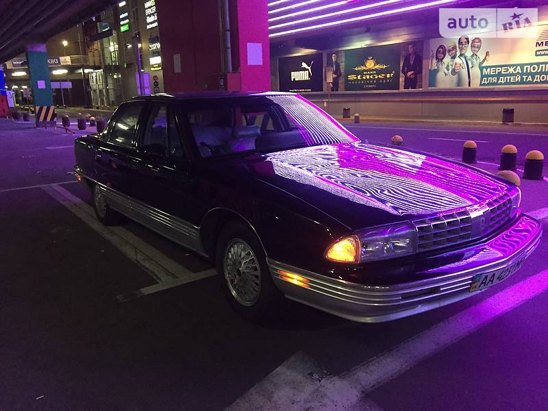 Oldsmobile 98 1991 года