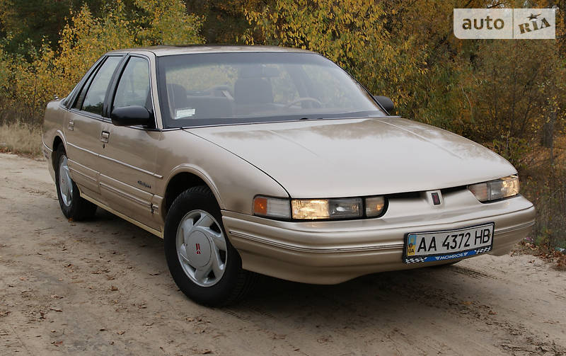 Oldsmobile Cutlass 1992 года