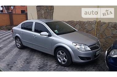 Opel Astra H  2008