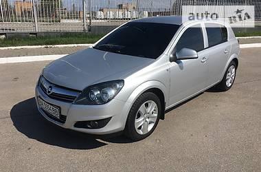 Opel Astra H  2014
