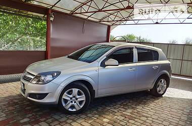 Opel Astra H  2013