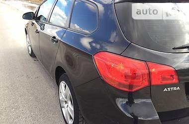 Opel Astra J Sports Tourer 2.0 2012