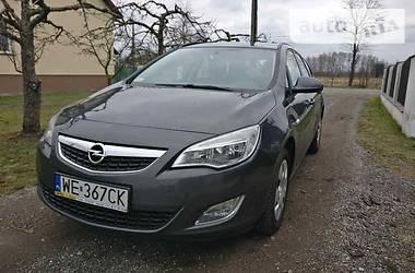 Opel Astra J comfort 2011
