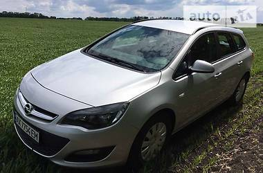 Opel Astra J Sport Tourer Enjoy 2012
