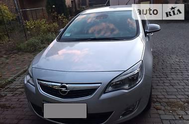 Opel Astra J CDTI ecoFLEX 2011