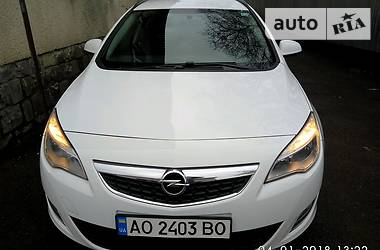 Opel Astra J 1.7CDTI  2012
