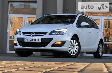 Opel Astra J COSMO TOURING EDIT 2015