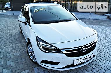 Opel Astra K 1.6 Innovation 2016